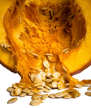 Carving a pumpkin, how to clean your pumpkin seeds