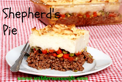 Shepherds pie casserole, comfort food casserole, ground beef casserole