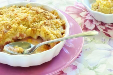 Rhubarb dessert, rhubarb crumble pie