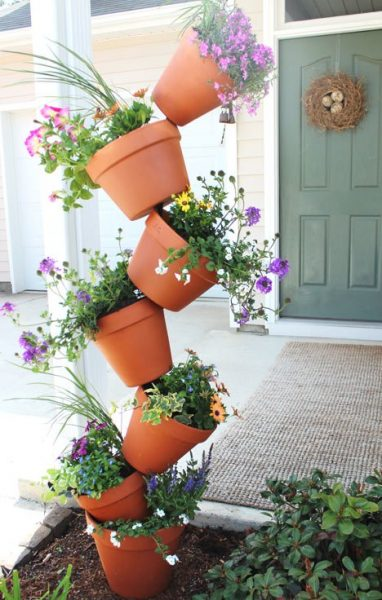 Garden decor, container gardening, recycled garden decorations