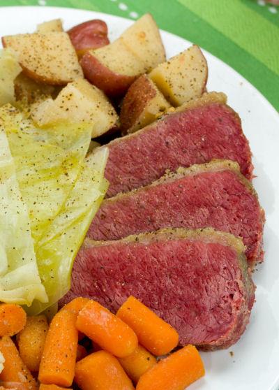 Irish meal, slow cooker corned beef