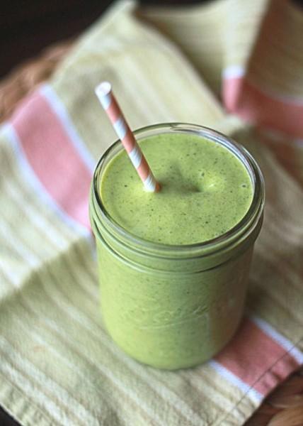 Shamrock Shake Smoothy, St. Patrick's Day shake, green smoothy
