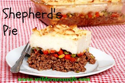 Shepherds pie casserole, comfort food casserole, ground beef casserole